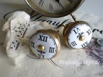 Edeler Möbelknopf, Uhr,weiß-altgold