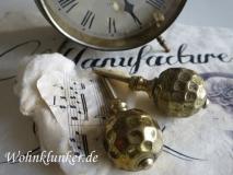 Traumhafter Möbelknopf, Altgold, Metall