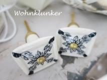 Möbelknopf aus Keramik, cremeweiß mit schwarzer floraler Zeichnung
